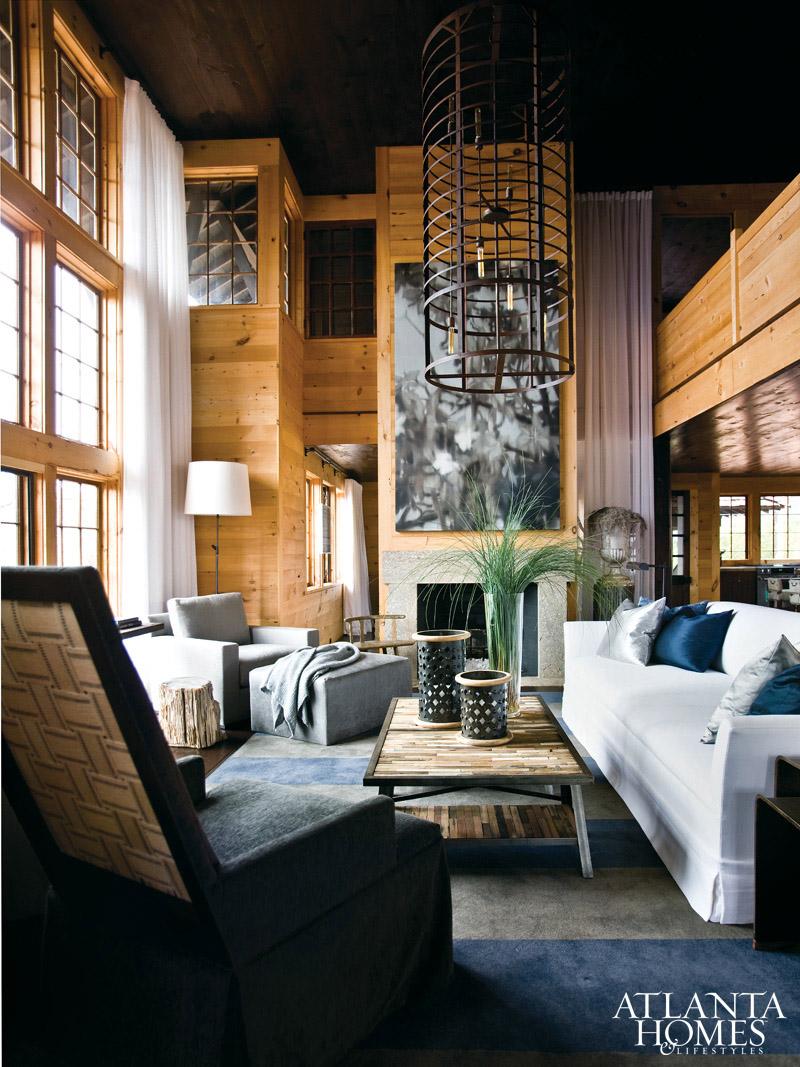 Bobby mcalpine capriciously inspired for Interieur villa de luxe