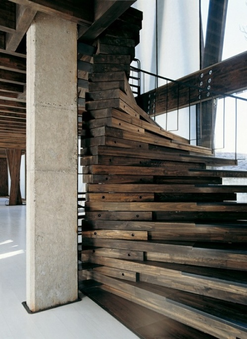 reclaimed-wood-stairs